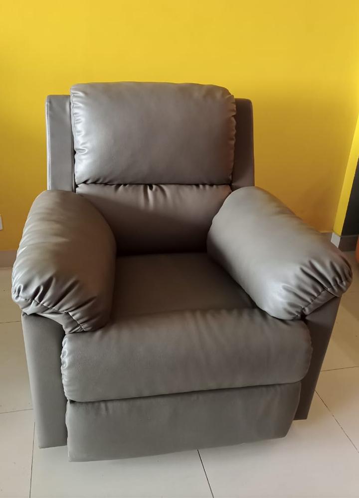 custom-recliner-01